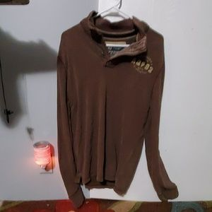 Men's Abercrombie long sleeve Henley.